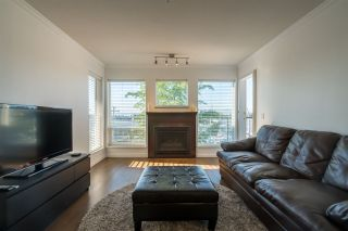 Photo 2: 410 33738 KING Road in Abbotsford: Poplar Condo for sale : MLS®# R2171658