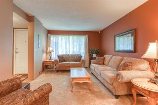 """Photo 5: 6928 134 Street in Surrey: West Newton 1/2 Duplex for sale in """"BENTLEY"""" : MLS®# R2490871"""