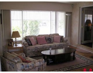 Photo 2: 11303 LANSDOWNE Drive in Surrey: Bolivar Heights House for sale (North Surrey)  : MLS®# F2908003
