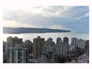 """Photo 10: 3308 1111 ALBERNI Street in Vancouver: West End VW Condo for sale in """"SHANGRI-LA"""" (Vancouver West)  : MLS®# V812031"""