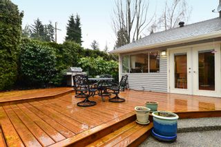 """Photo 22: 2002 127A Street in Surrey: Crescent Bch Ocean Pk. House for sale in """"Ocean Park"""" (South Surrey White Rock)  : MLS®# R2145477"""