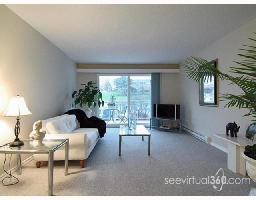 FEATURED LISTING: 208 - 550 ROYAL Avenue New_Westminster