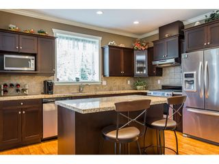 """Photo 7: 7904 211B Street in Langley: Willoughby Heights House for sale in """"Yorkson"""" : MLS®# R2393290"""