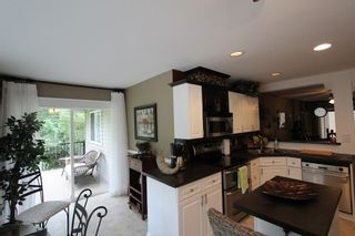 Photo 3: 7286 Birch Close in Anglemont: House for sale : MLS®# 10086264