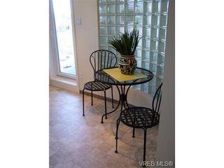 Photo 10: 402 1015 Pandora Ave in VICTORIA: Vi Downtown Condo for sale (Victoria)  : MLS®# 686982