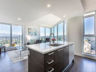 """Photo 1: 2205 285 E 10TH Avenue in Vancouver: Mount Pleasant VE Condo for sale in """"The Independent"""" (Vancouver East)  : MLS®# R2599683"""
