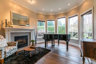 Photo 3: 5618 124A Street in Surrey: Panorama Ridge House for sale : MLS®# R2560890