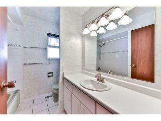 Photo 9: 8604 ARPE RD in Delta: Nordel House for sale (N. Delta)  : MLS®# F1445759