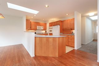 Photo 9: 1641 Kenmore Rd in : SE Lambrick Park Half Duplex for sale (Saanich East)  : MLS®# 865465