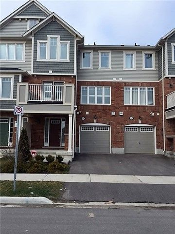 Main Photo: 225 Slingsby in Milton: Harrison House (3-Storey) for lease : MLS®# W3693274