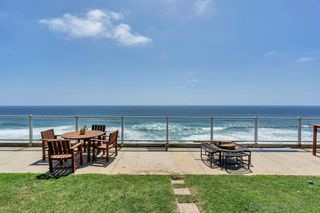 Photo 6: ENCINITAS House for sale : 2 bedrooms : 796 Neptune Ave