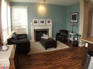 """Photo 5: 7027 180TH Street in Surrey: Cloverdale BC Townhouse for sale in """"Provinceton"""" (Cloverdale)  : MLS®# F1010751"""