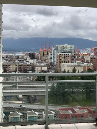 Photo 4: 1402 120 MILROSS AVENUE in Vancouver: Downtown VE Condo for sale (Vancouver East)  : MLS®# R2432415