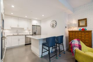 """Photo 6: 1 2437 W 1ST Avenue in Vancouver: Kitsilano Townhouse for sale in """"FIRST AVENUE MEWS"""" (Vancouver West)  : MLS®# R2603128"""