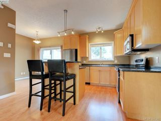 Photo 10: 102 2600 Peatt Rd in VICTORIA: La Langford Proper Row/Townhouse for sale (Langford)  : MLS®# 794862