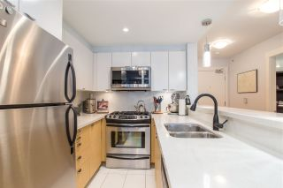 Photo 5: 300 160 W 3RD STREET in North Vancouver: Lower Lonsdale Condo for sale : MLS®# R2399108