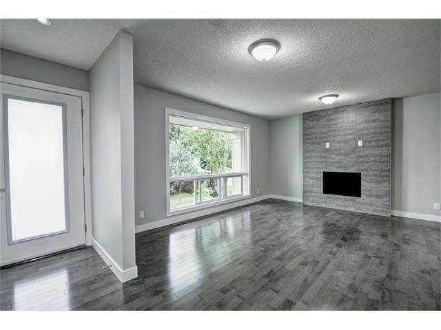 Photo 4: Photos: 448 CEDARPARK Drive SW in Calgary: Cedarbrae House for sale : MLS®# C4084629