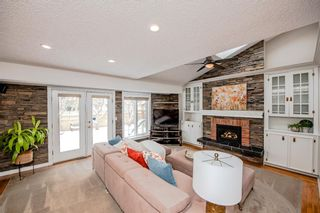 Photo 7: 704 Willingdon Boulevard SE in Calgary: Willow Park Detached for sale : MLS®# A1070574
