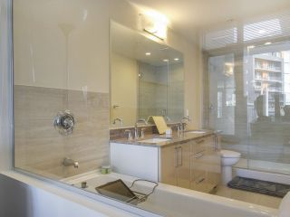 Photo 15: 205 88 W 1ST AVENUE in Vancouver: False Creek Condo for sale (Vancouver West)  : MLS®# R2149977
