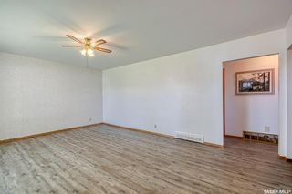 Photo 4: 258 Montreal Street North in Regina: Churchill Downs Residential for sale : MLS®# SK870335
