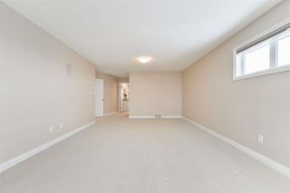 Photo 32: 1197 HOLLANDS Way in Edmonton: Zone 14 House for sale : MLS®# E4242698