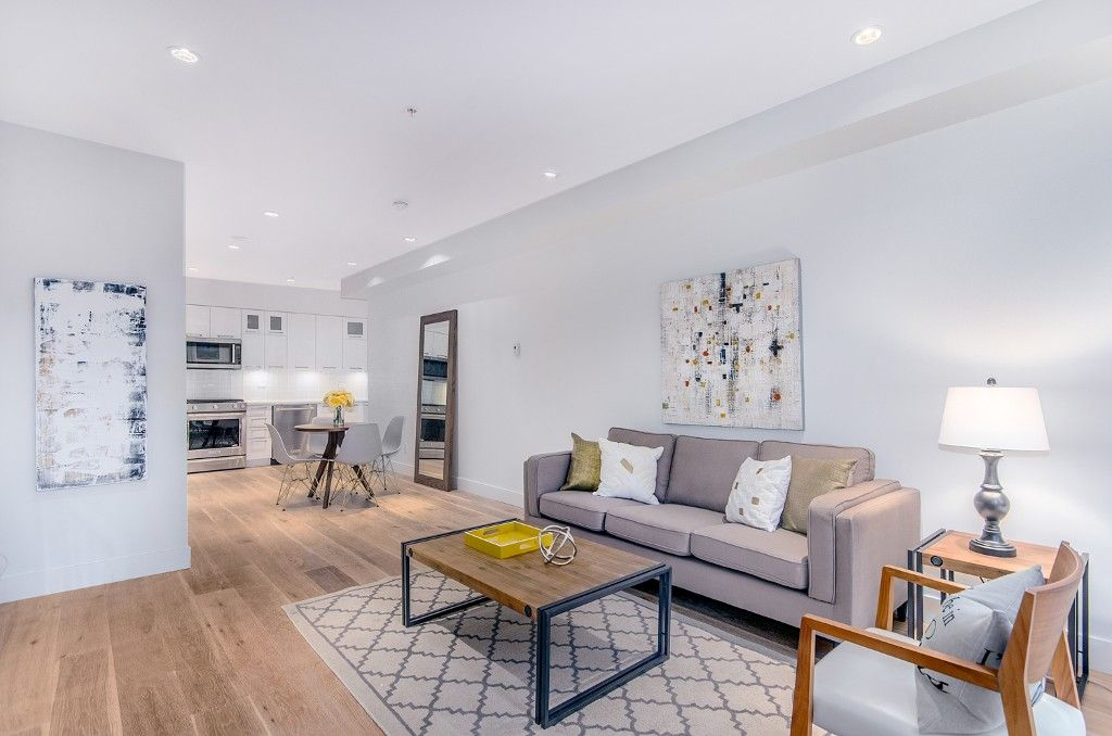 Main Photo: 1082 NICOLA STREET in Vancouver: West End VW Townhouse for sale (Vancouver West)