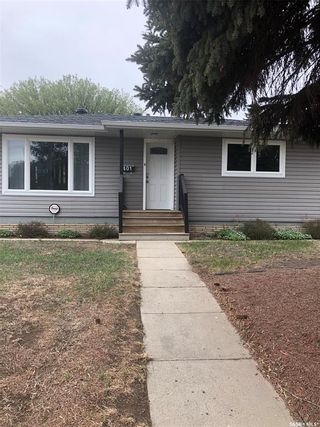 Photo 5: 401 R Avenue North in Saskatoon: Mount Royal SA Residential for sale : MLS®# SK860598