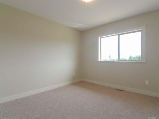 Photo 33: 4060 SOUTHWALK DRIVE in COURTENAY: CV Courtenay City House for sale (Comox Valley)  : MLS®# 724874
