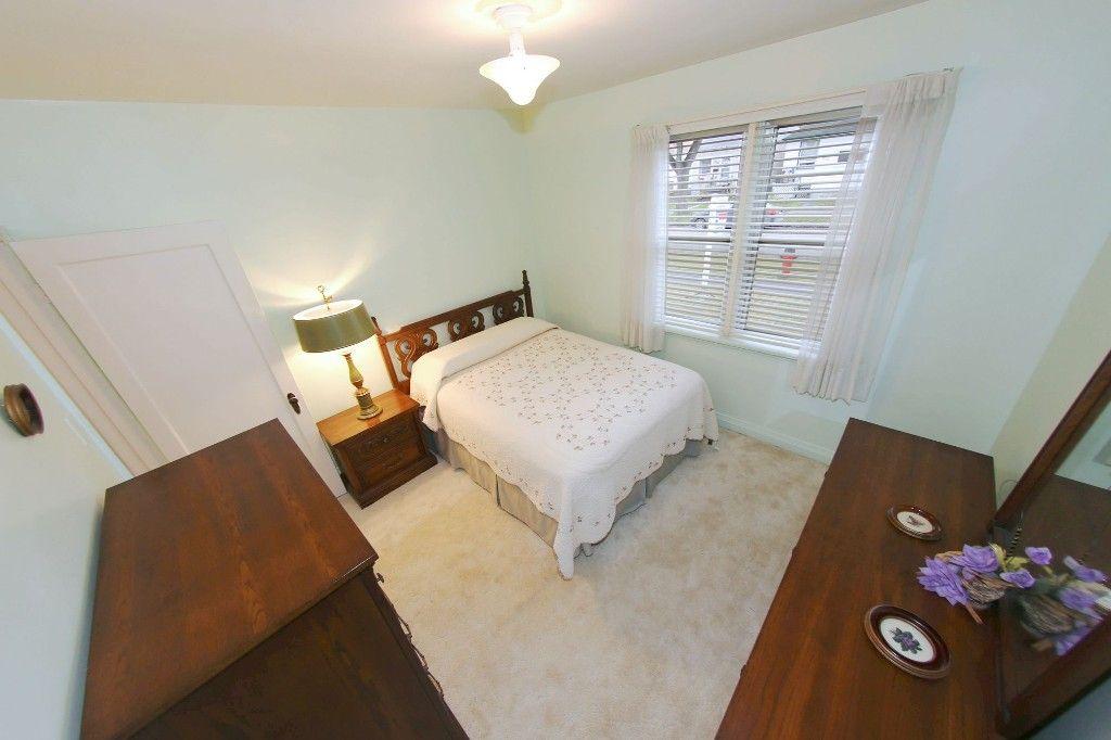 Photo 11: Photos: 899 Clifton Street in Winnipeg: West End Single Family Detached for sale (West Winnipeg)  : MLS®# 1529435