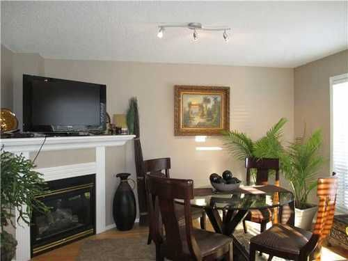 Photo 3: Photos: 69 COVENTRY Way NE: Coventry Hills 2 Storey for sale ()  : MLS®# C3595427