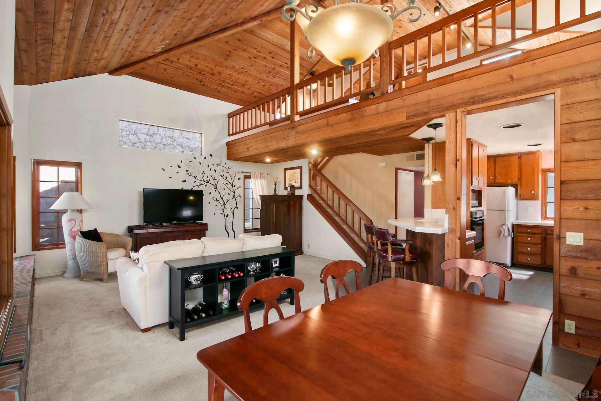Main Photo: MISSION BEACH Condo for sale : 2 bedrooms : 735 Dover Ct in San Diego