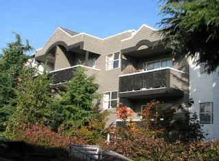Photo 1: 106-570 East 8th Avenue in Vancouver: Mount Pleasant VE Condo for sale (Vancouver East)  : MLS®# V740035