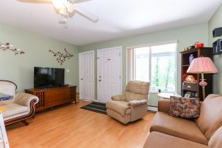 Photo 13: 8060 BLUEBELL Street in Mission: Mission BC House for sale : MLS®# R2376740