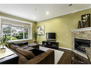 """Photo 2: 1447 E 21ST Avenue in Vancouver: Knight 1/2 Duplex for sale in """"Cedar Cottage"""" (Vancouver East)  : MLS®# V1066306"""