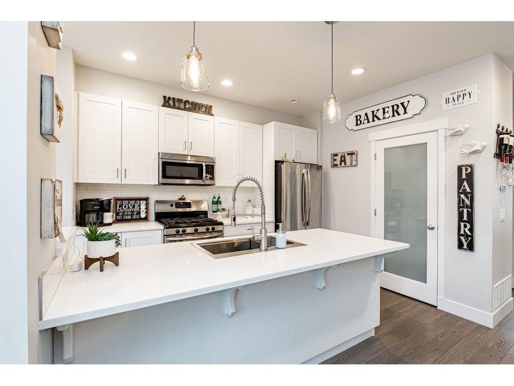 "Main Photo: 11163 240 Street in Maple Ridge: Cottonwood MR House for sale in ""CLIFFSTONE"" : MLS®# R2529866"