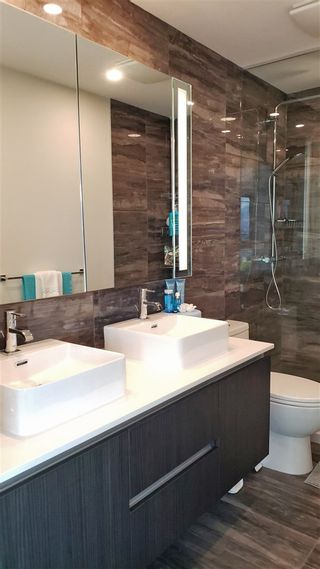 "Photo 9: 2108 1888 GILMORE Avenue in Burnaby: Brentwood Park Condo for sale in ""TRIOMPHE"" (Burnaby North)  : MLS®# R2447396"