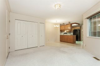 "Photo 6: 105 9781 148A Street in Surrey: Guildford Townhouse for sale in ""Chelsea Gate"" (North Surrey)  : MLS®# R2375333"