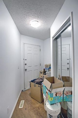 Photo 11: 3 1702 35 Street SE in Calgary: Albert Park/Radisson Heights Row/Townhouse for sale : MLS®# A1119919