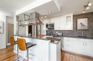 """Photo 11: 1703 1725 PENDRELL Street in Vancouver: West End VW Condo for sale in """"STRATFORD PLACE"""" (Vancouver West)  : MLS®# R2503970"""