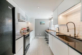 """Photo 10: 8574 WILDERNESS Court in Burnaby: Forest Hills BN Townhouse for sale in """"Simon Fraser Village"""" (Burnaby North)  : MLS®# R2614929"""