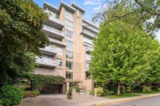 Photo 3: 403 828 Rupert Terr in : Vi Downtown Condo for sale (Victoria)  : MLS®# 878104