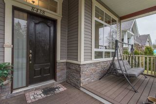 Photo 2: 8438 FAIRBANKS Street in Mission: Mission BC House for sale : MLS®# R2258214