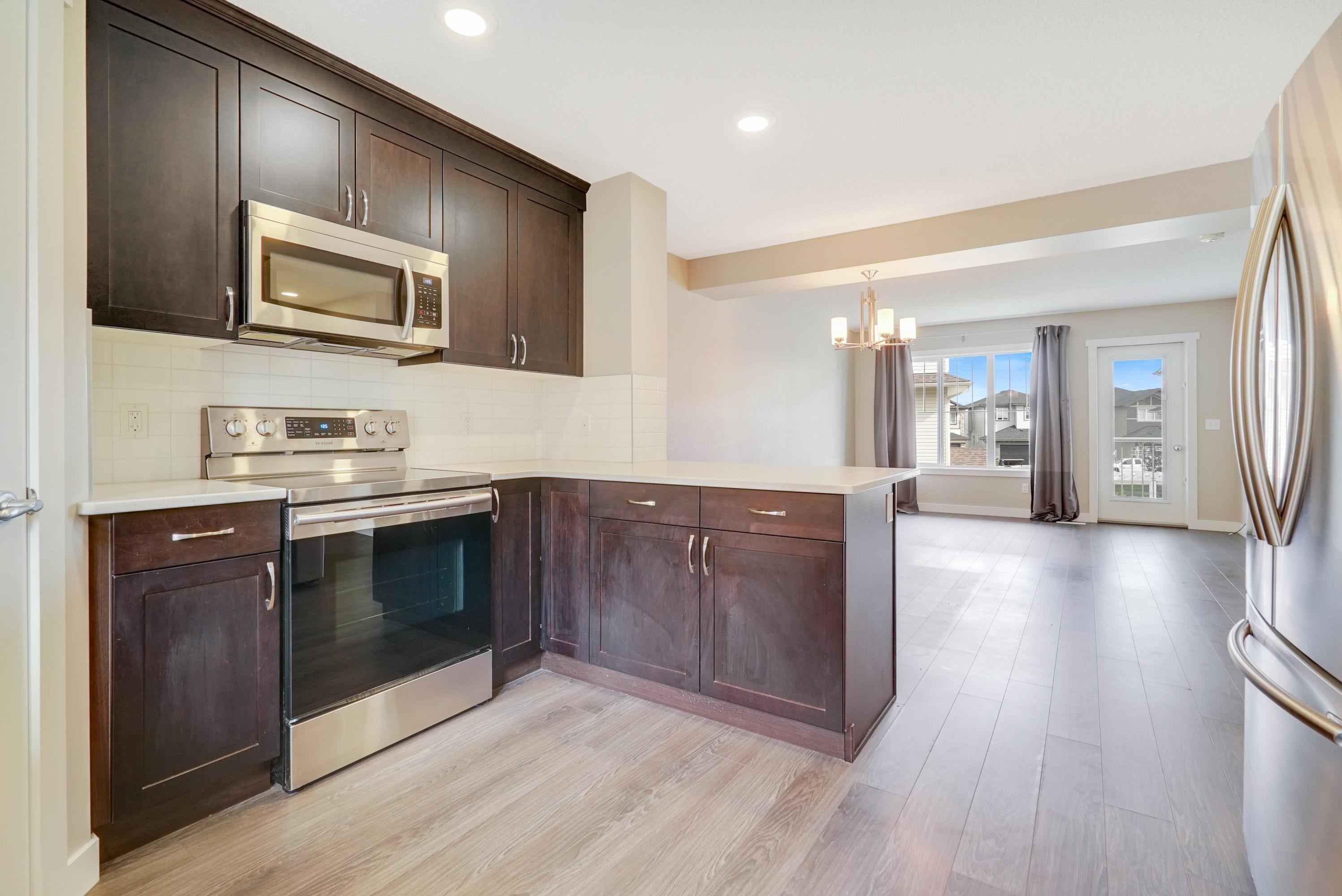 Main Photo: 96 17832 78 Street in Edmonton: Zone 28 Townhouse for sale : MLS®# E4264678