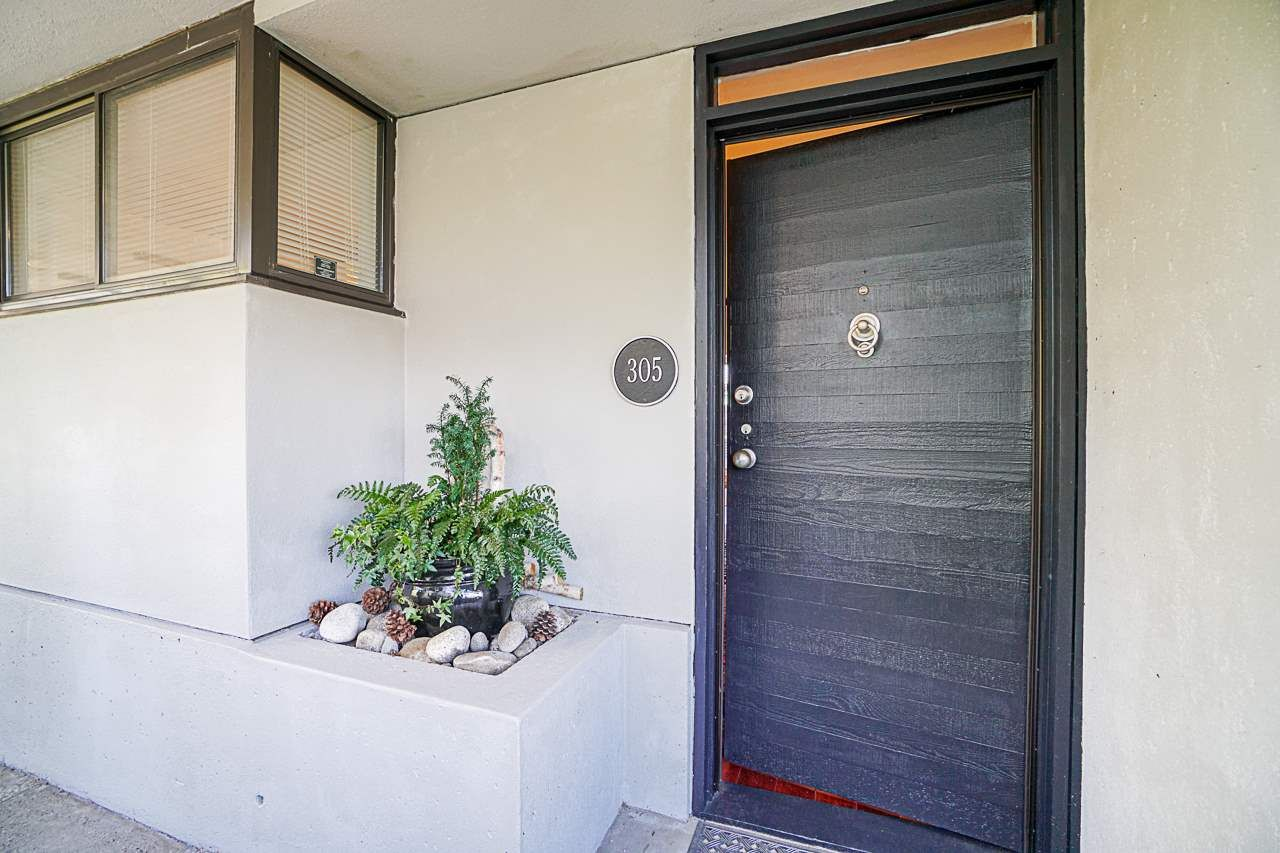 Main Photo: 305 673 MARKET HILL in Vancouver: False Creek Townhouse for sale (Vancouver West)  : MLS®# R2570435