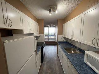 Photo 2: 85 8745 165 Street in Edmonton: Zone 22 Condo for sale : MLS®# E4246705