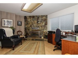 """Photo 7: 24697 48B Avenue in Langley: Salmon River House for sale in """"STRAWBERRY HILLS"""" : MLS®# F1326525"""
