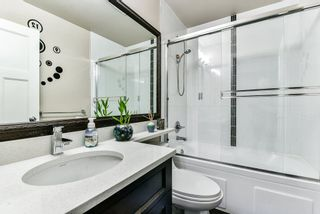 """Photo 17: 127 15399 GUILDFORD Drive in Surrey: Guildford Townhouse for sale in """"GUILDFORD GREEN"""" (North Surrey)  : MLS®# R2237547"""