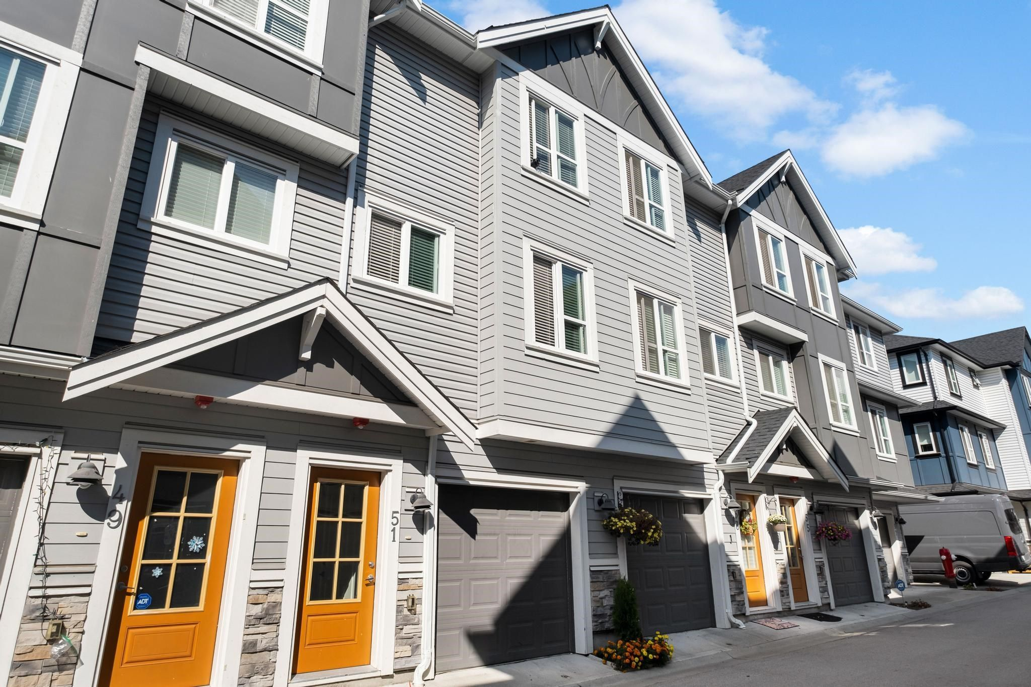 """Main Photo: 51 20860 76 Avenue in Langley: Willoughby Heights Townhouse for sale in """"Lotus Living"""" : MLS®# R2615807"""