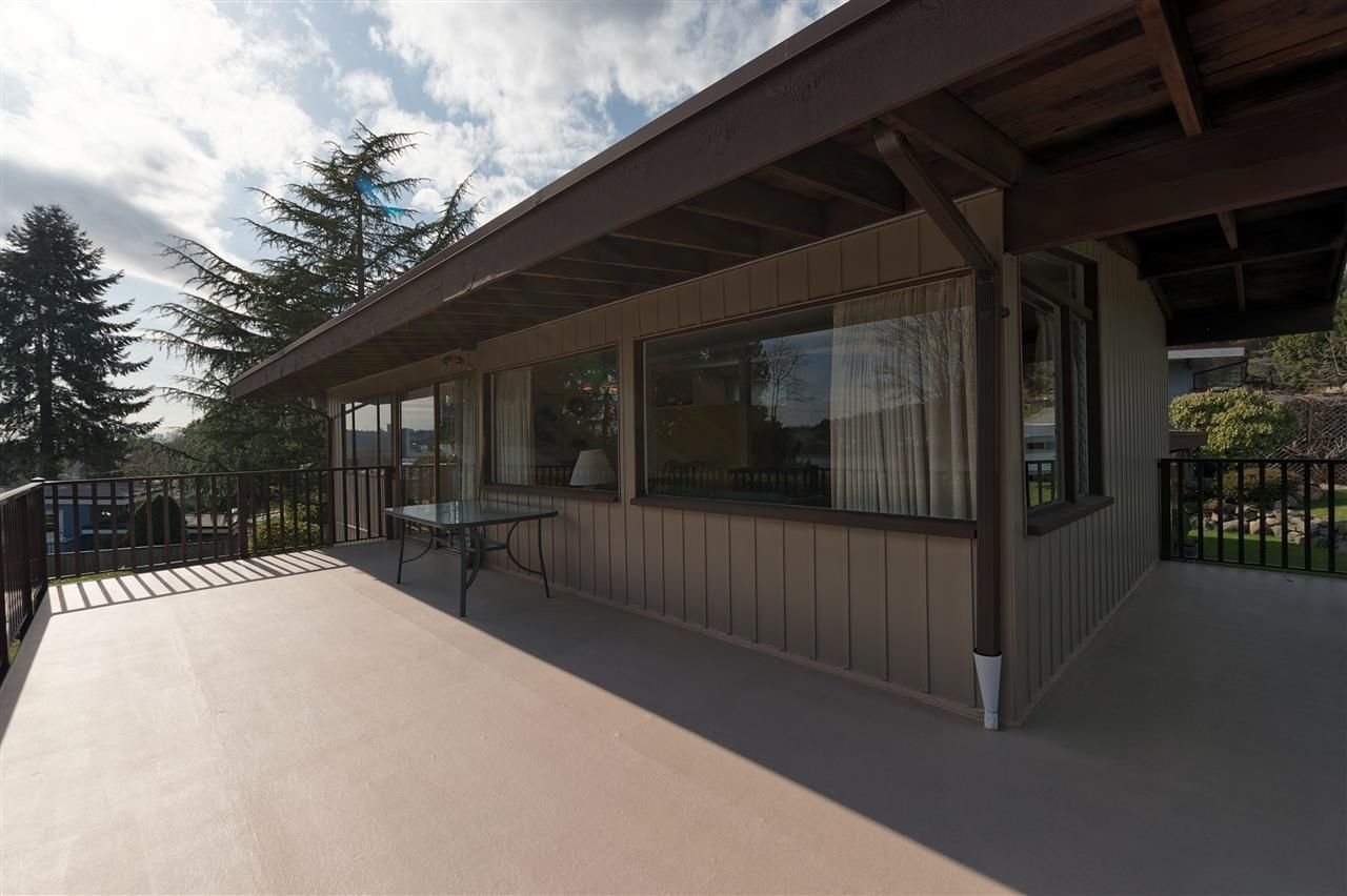 Photo 10: Photos: 2923 EDDYSTONE Crescent in North Vancouver: Windsor Park NV House for sale : MLS®# R2253154