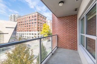 """Photo 3: 403 14 BEGBIE Street in New Westminster: Quay Condo for sale in """"INTERURBAN"""" : MLS®# R2410360"""
